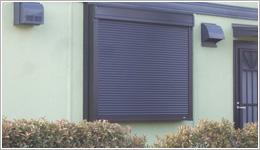 加須市F様邸へ、後付け専用電動窓シャッターお届けしました。