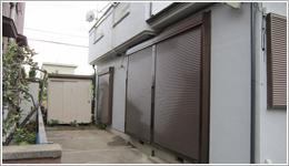 埼玉県さいたま市S様邸</br>「スタンダード窓シャッターリード電動タイマー仕様」お届けしました。