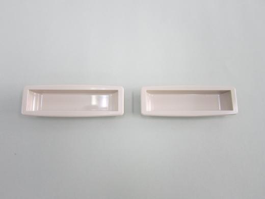 三和シヤッター製手掛け樹脂製(ベージュ)