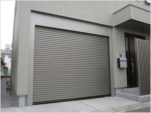 埼玉県杉戸町K様邸「ビルトインガレージシャッター」お届けしました。